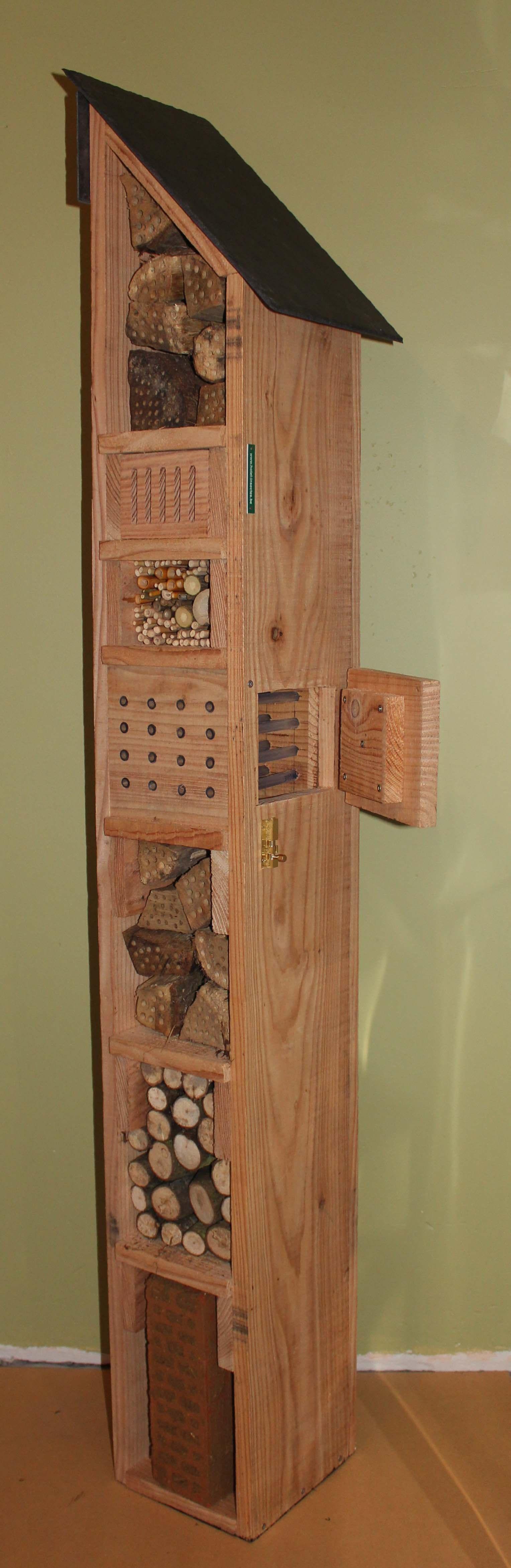 Hôtel à abeilles sauvages